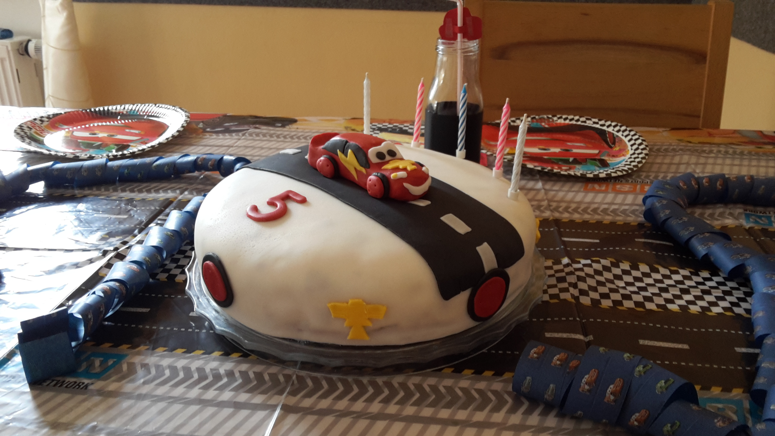 Rezept Cars Torte Zum Cars Geburtstag Fausba Familie Aus Bamberg
